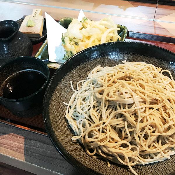 赤坂ランチグルメ:立ち食い蕎麦 二五十(ニゴジュウ)