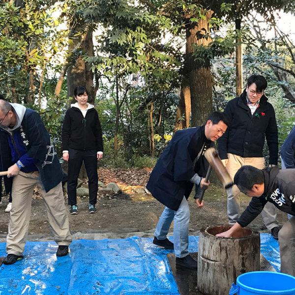 赤坂氷川神社の「年神さまお迎え準備~氏神さまでの餅つき大会~」に参加してみた